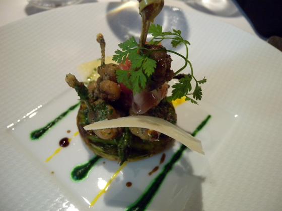 La tarte fine renversée aux asperges vertes et jambon Noir de Bigorre