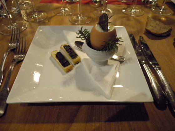 La truffe en oeuf à la coque et ses lichettes