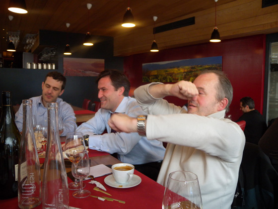 Lunch lavinia entre amis serial bottler for Lunch entre amis