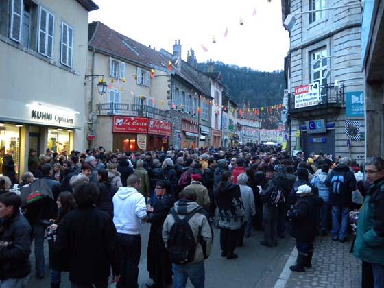 la foule dans la rue