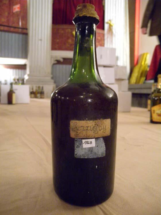 vin jaune 1868 du domaine Guyon à Perrigny